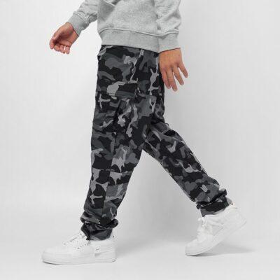 Pantaloni Karl Kani Signature Camo Crincle Nylon Black 1